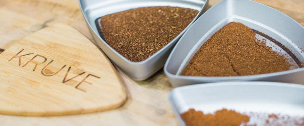 Просеивание молотого кофе Kruve