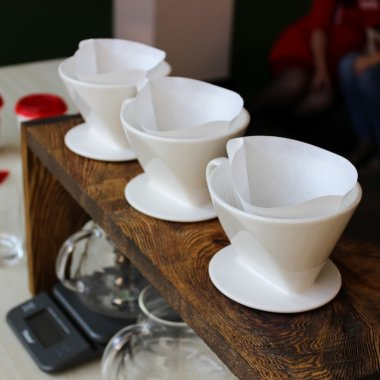 Воронка Kalita Ceramic Wave — Eastbrew Coffee